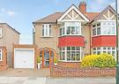 3 bed property in Montrose Avenue, Whitton
