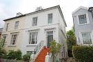 Flat in Popes Avenue, Twickenham