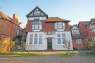 2 bedroom Flat for sale in Walpole Gardens...