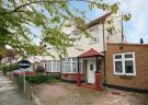 Flat to rent in Radnor Road, Twickenham