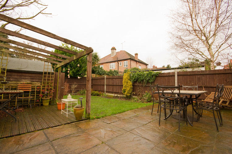 4 Bedroom House For Sale In Percy Road Hampton Tw12