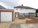 3 bed house in Cleves Way, Hampton