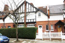 4 bedroom Flat in Esmond Road, Chiswick