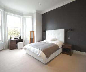 Black feature wall wallpaper design ideas photos for Black feature wall bedroom