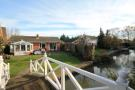 2 bed Detached Bungalow for sale in Hythe End Road, Wraysbury
