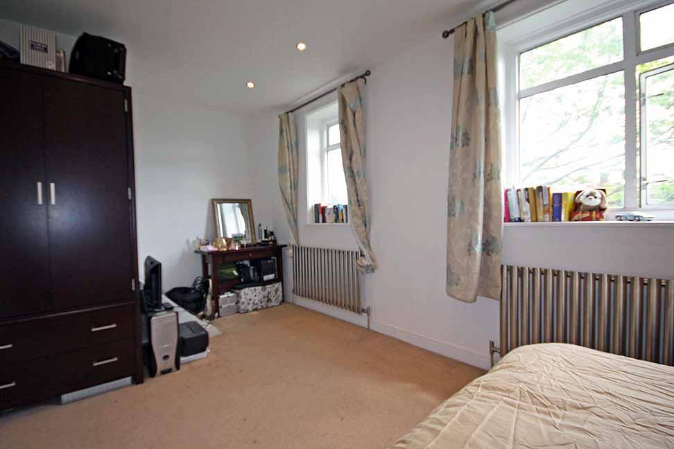 Master Bedroom (angle 2)