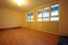 Flat to rent in Byegrove Road...