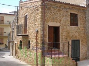 Sicily End of Terrace house for sale