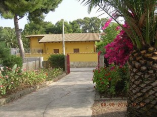 Detached Villa for sale in Sicily, Agrigento...