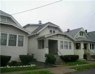 5 bedroom Duplex in New York, Erie County...