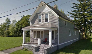 3 bed Detached property in New York, Erie County...