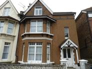 1 bedroom Flat in Eversley Road...
