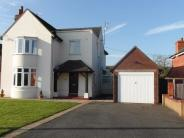 4 bedroom Detached home for sale in Brackley Road, Towcester...