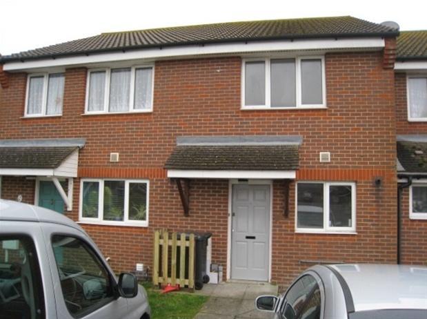 bedroom terraced house to rent in langney eastbourne bn23