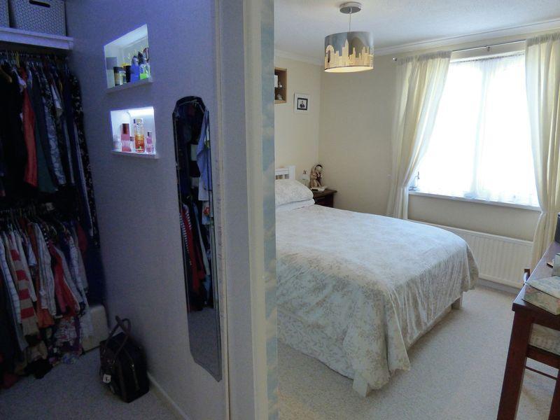 Bedroom 1/Dres...