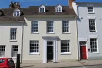 4 bed Town House in Church Street, Warwick...