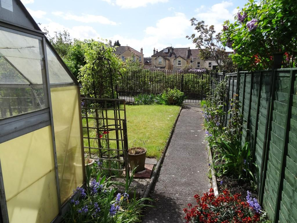 3 Bedroom Terraced House For Sale In Victoria Road Oldfield Park Bath BA2