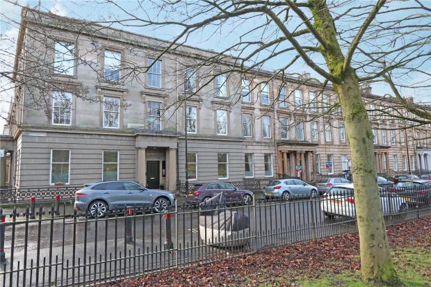 3 bedroom apartment for sale in ground garden royal for 18 park terrace glasgow