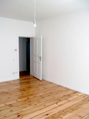 Studio flat for sale in Prenzlauer Alle, Berlin...