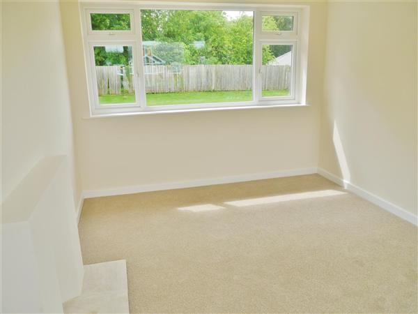 SITTING ROOM -