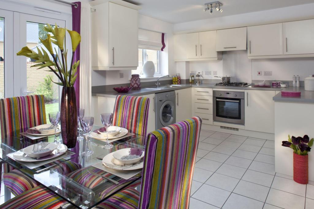 Enbourne kitchen