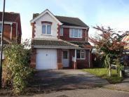 4 bed house in Standish Gardens...