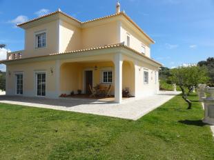 3 bedroom Detached Villa in Algarve...