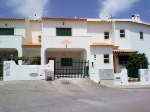 2 bedroom Town House for sale in Algarve, Albufeira