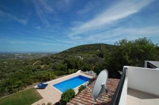 3 bedroom Detached house for sale in Algarve, Santa Barbara