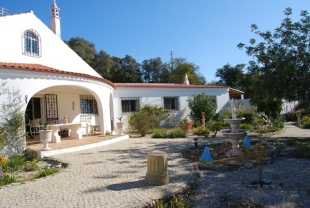 S�o Br�s de Alportel Villa for sale