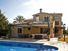 Pool to terrace