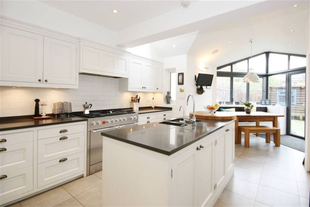 4 bedroom terraced house for sale in ripley gardens for Modern kitchen in 1930s house