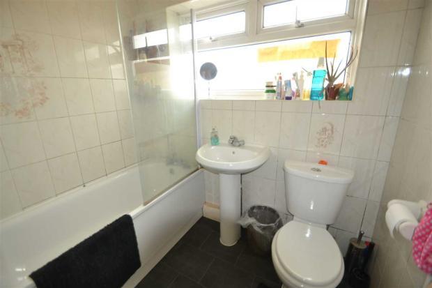 FF Family Bathroom