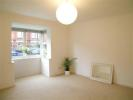 Flat to rent in Avondale Road...