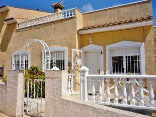 Bungalow for sale in El Galan, Villamartin...