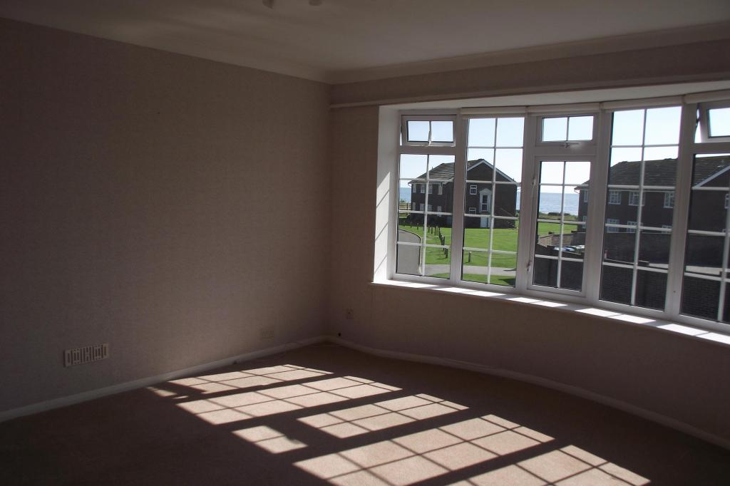 Two bed flat in Ferring