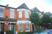 3 bed Maisonette in Sedgemere Avenue, London...