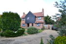4 bed Detached home in Vicarage Close...