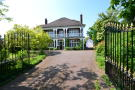 6 bedroom Detached home in Springfield Road...