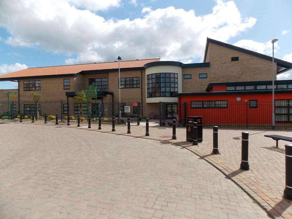 Roecroft School