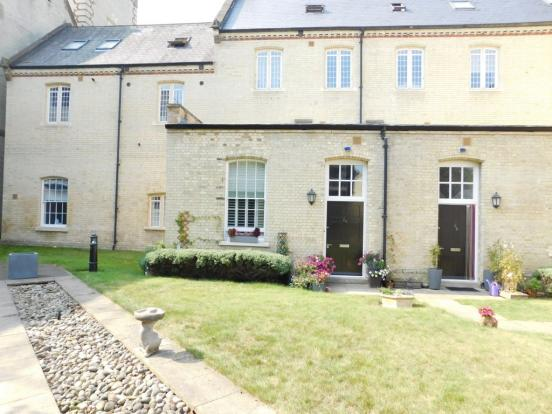 2 Bedroom Apartment For Sale In Bedford Wing Fairfield Hall Kingsley Ave Stotfold Herts Sg5