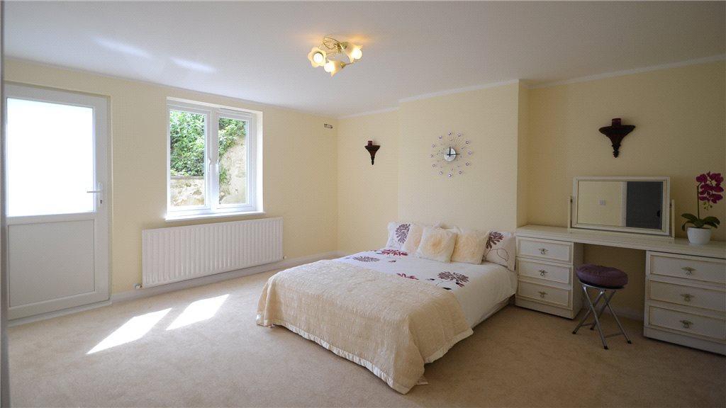 1 bedroom apartment for sale in Queens Road Aldershot