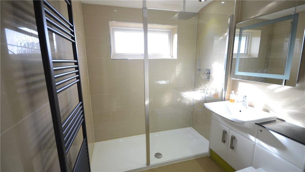Shower Room 01