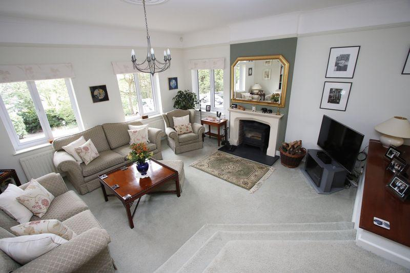 The lower lounge
