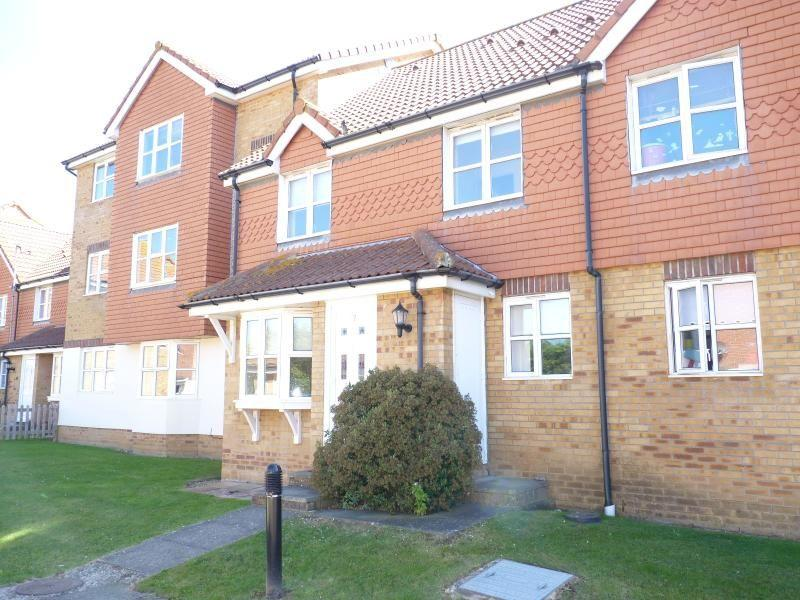 2 Bedroom Property To Rent In Plymouth Close Eastbourne BN23 BN23