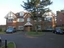 2 bed Apartment in Swakeleys Road, Ickenham...