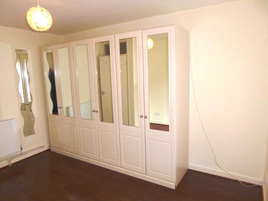 M Bedroom Wardrob...