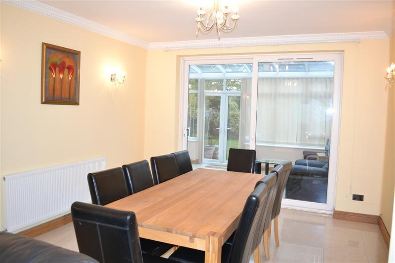 Dining Room leading to Conservatory