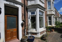 4 bed Terraced property for sale in Heaton Grove, Heaton...