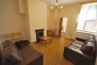 Flat to rent in Fairfield Road, Jesmond...